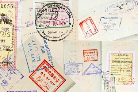 passeport: Arri�re-plan de timbres du passeport avec divers pays