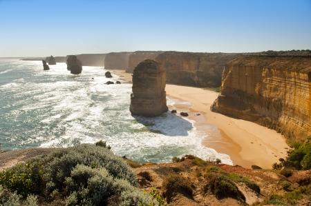 strand australie: Twaalf Apostelen, beroemde bezienswaardigheid langs de Great Ocean Road, Australië Stockfoto