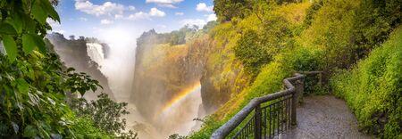 Victoria Falls Wasserfall in Afrika, zwischen Sambia und Simbabwe, eines der sieben Wunder der Welt