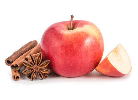 Apple, anis and cinnamon isolated on white background. Фото со стока