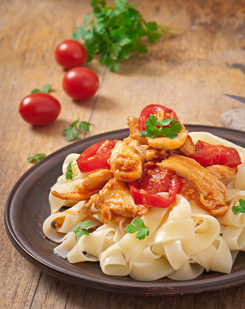 rocked: tagliatelle pasta with tomatoes and chicken