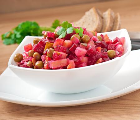 huzarensalade: Traditionele Russische salade van rode biet