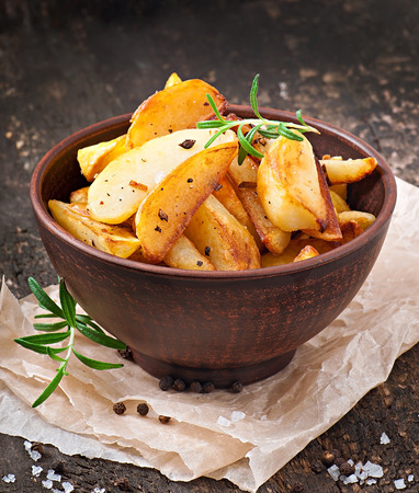 wedges: French fries potato wedges
