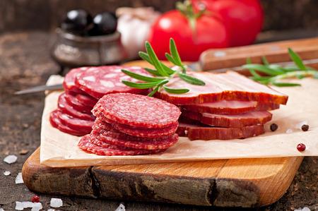 carnes: Fiambres surtidos, romero y pimienta