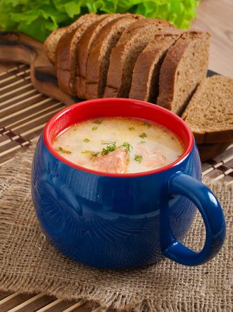 finnish: Finnish creamy soup with salmon