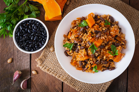 haricot: Mexican vegan vegetable pilaf with haricot beans and pumpkin