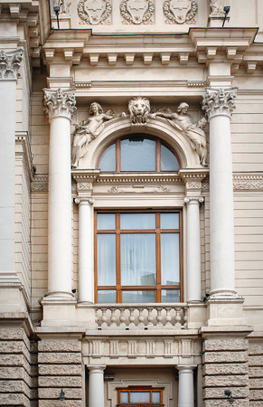 moldings: architectural window with columns and moldings barilefom.