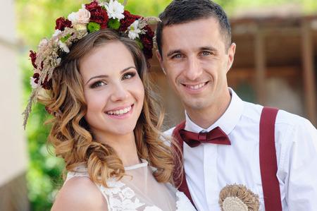 happy beautiful bride and groom Foto de archivo