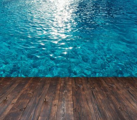 プールや木製の背景上のテキストのための場所で水の質感 写真素材