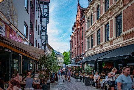 HANNOVER, GERMANY. JUNE 19, 2021. Cafe Alt Hanovera facade People walking around Редакционное