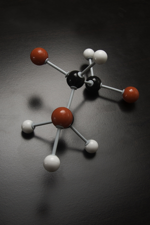 Chemical model with red,whte and black balls to signify atoms. Stok Fotoğraf