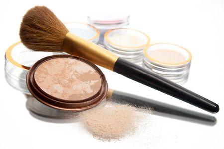 pellucid: powder and brush