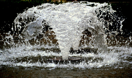water feature: waterfountain