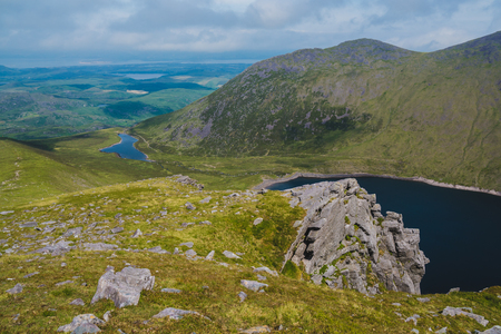 Irish mountains view from Carrauntoohil in summer Standard-Bild