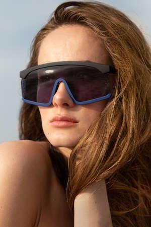 woman sunglass fashion accessories on beach modern model 免版税图像