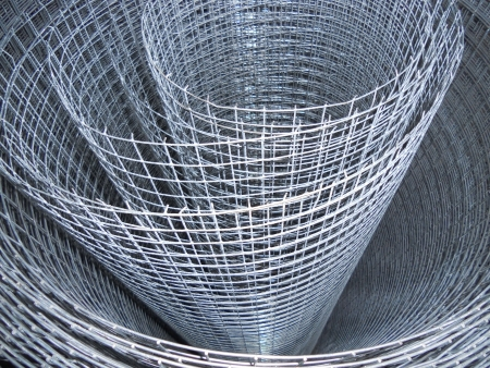 fencing wire: The metal mesh  Roll