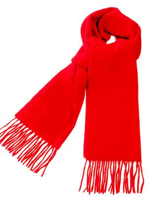 tejido de lana: Bufanda caliente roja de lana de cachemira pura aislada en el fondo blanco.