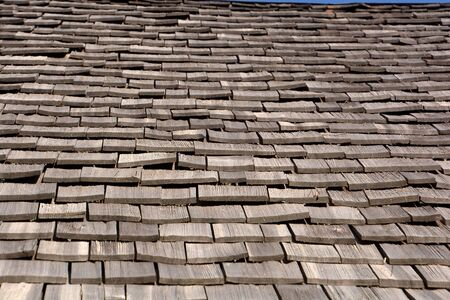 close-up view of wood shingle roof, wood shingles on a roof top of an old hut in bavaria Banco de Imagens