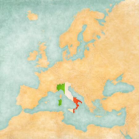이탈리아 유럽의지도에 이탈리아어 플래그지도는 빈티지 여름 스타일과 맑은 분위기지도에는 오래 된 종이에 수채화 그림으로 역할하는 소프트 그런