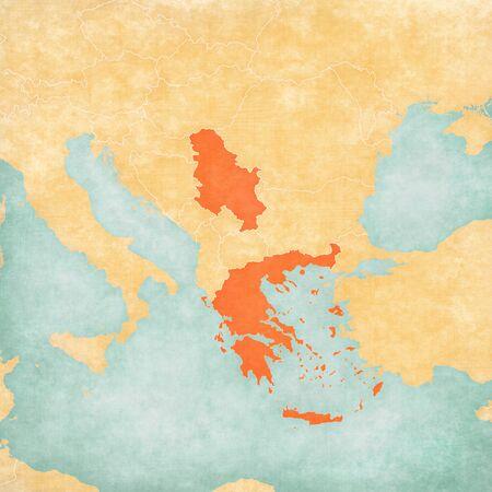 Serbien auf der Karte des Balkans im weichen Grunge- und Vintage-Stil, wie altes Papier mit Aquarellmalerei. Standard-Bild