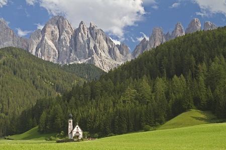 St. Johann in Ranui -  popular photo in Valle di Funes Reklamní fotografie