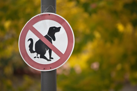 faeces: A special problem of road pollution should be regulated by this prohibition sign