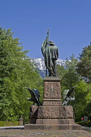 freedom fighter: The monument of the Tyrolean freedom fighter Andreas Hofer is situated on the mountain  Isel                     Isel Stock Photo