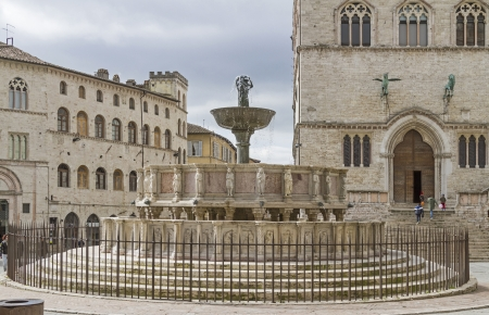 fontana: Fontana Maggiore on  Piazza 4 Novembre
