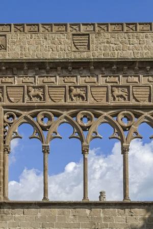 viterbo: Detail Palazzo dei Papi in Viterbo