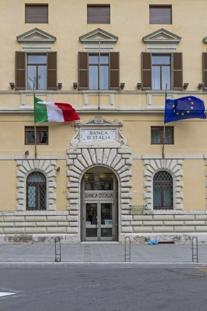 Sstormy times for Italy s finance and economy photo