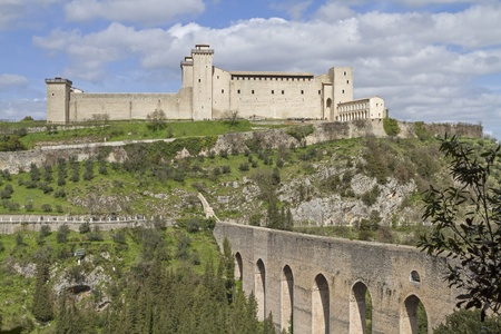 Ponte delle torriin Spoleto