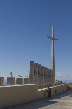 foggia: Stone cross and the adjoining carillon in San Giovanni Rotondo Editorial