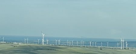 molise: Numerous wind turbines on the hills of the Apennines provide as here in the Molise region for energy Stock Photo