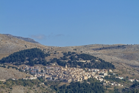 abruzzo: Castel del Monte in Abruzzo