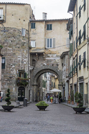 lucca: walk through Lucca Editorial