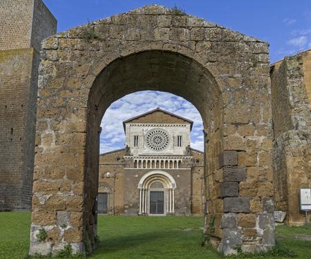 tuscania: San Pietro in Tuscania