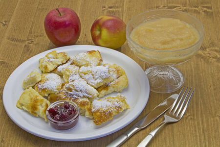 compote: Kaiserschmarrn served with apple compote