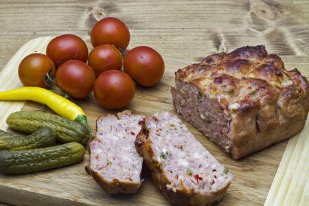 pastel de carne: Pizza pastel de carne es un delicioso y muy querido variaci�n de la carne queso b�varo