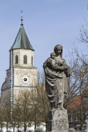 encuestando: pueblo monasterio de sondeo