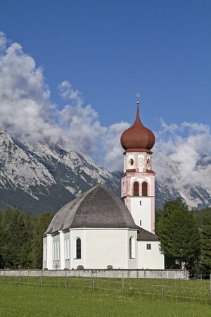 onion valley: The Church of the scenic Tyrolean village of Leutasch Stock Photo