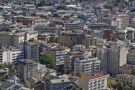 elected: Sondrio is the capital of the Valtellina and in 2007 was elected to the Alpine Town of the Year Stock Photo
