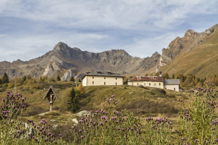 hospice: Hospice San Bartolomeo - historic inn for hikers and travelers on the Tonale Pass Stock Photo
