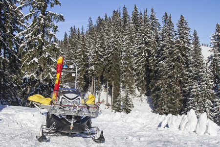 rescue service: This ski slopes suitable vehicle, the Mountain Rescue Service is always fast