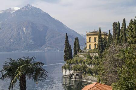 lake como: Villa Cipressi aan de oever van het Comomeer Stockfoto