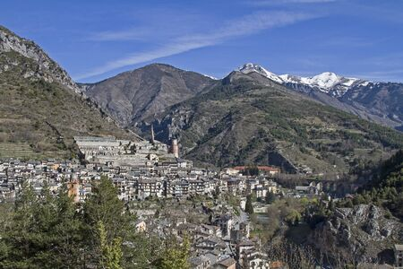 Tende - French border town and namesake of the famous and attractive Tenda railway line between Ventimiglia and Cuneo Banco de Imagens