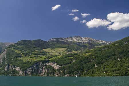st gallen: Part view of Lake Walen, a Swiss lake, which to the cantons of Glarus and St. Gallen