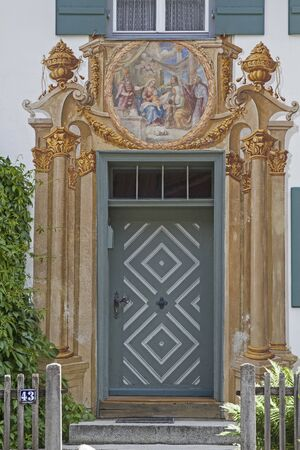 fine art painting: The houses in Oberammergau are known especially for its outstanding paintings