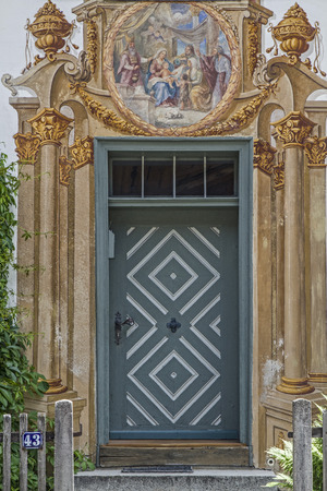 doorstep: The houses in Oberammergau are known especially for its outstanding paintings