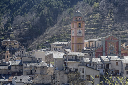 Tende - French border town and namesake of the famous and attractive Tenda railway line between Ventimiglia and Cuneo Imagens - 42864432