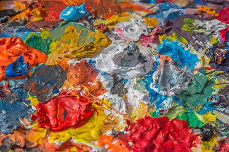 pintor: Brevemente almacenado paleta de pintor - herramientas de pintor Foto de archivo